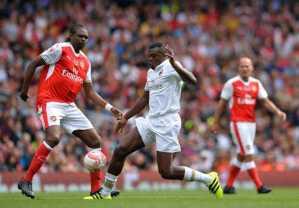 Kanu Nwankwo Scores A Hat Trick As Arsenal Legends Beat AC Milan Glorie 4 - 2